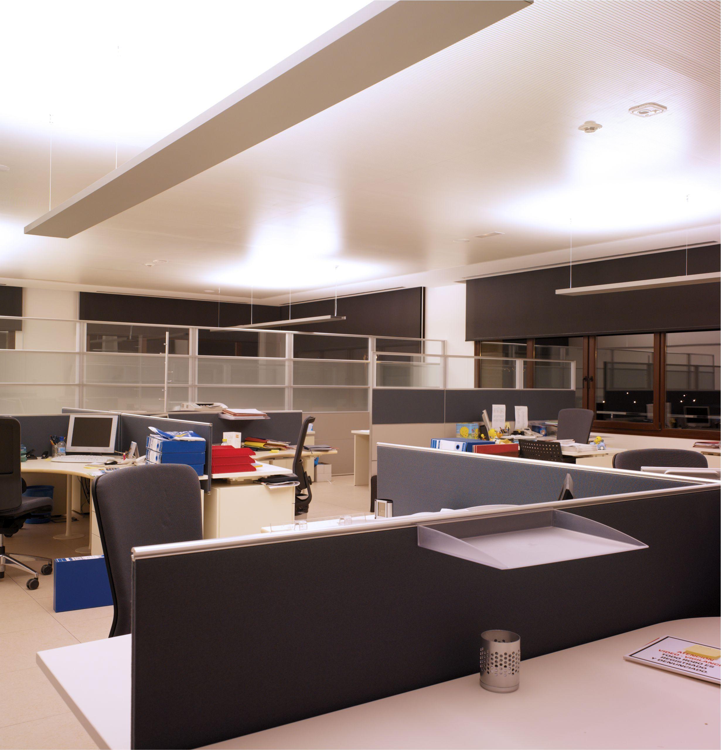 Dise o interior oficinas virginia galva for Disenar mi oficina